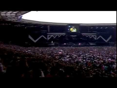 Queen - A Kind Of Magic (Live @ Wembley Stadium, 1986)