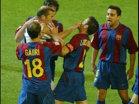 El Clasico Klasik: Zinedine Zidane 'Jewer' Hidung Luis Enrique - Berita
