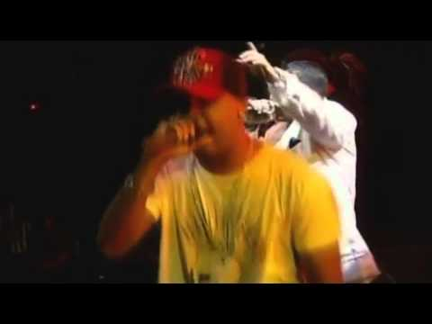 Zion & Lennox Ft Daddy Yankee - Yo Voy (Video Live) [Clásico Reggaetonero]