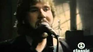 Watch Ambrosia How Can You Love Me video
