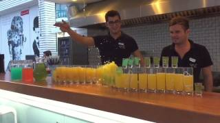 Cettia Beach Resort Barmen Show