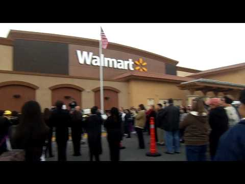Walmart to Open New Delano Supercenter (Wal-Mart Stores Inc)