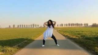 Download New mahi ah mahi ar kiss mari photo 3Gp Mp4