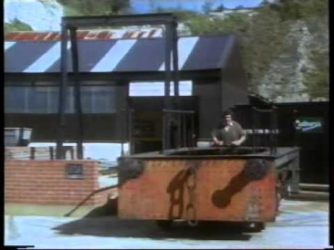 The Train Now Departing - EP 5 Lines of Industry (1988)