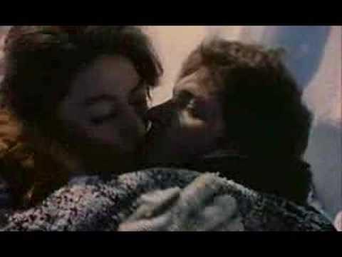 Un homme et une femme 1966 trailer youtube - Une femme et un homme dans un lit ...