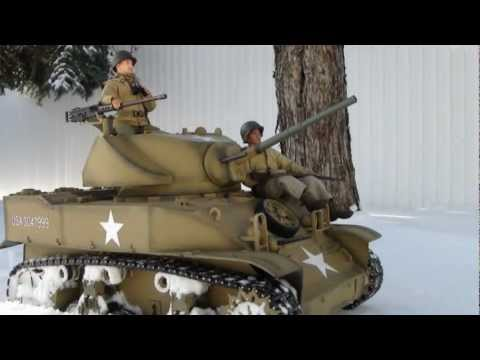 1/6 scale Stuart Tank in the snow