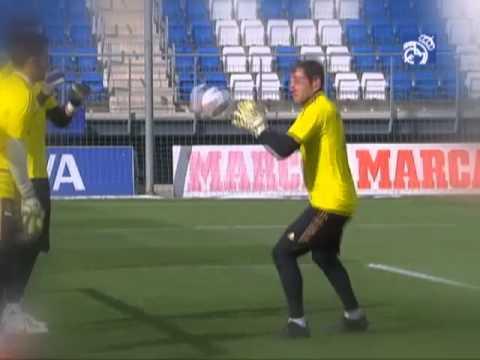 Hoy entrenamos con... Iker Casillas