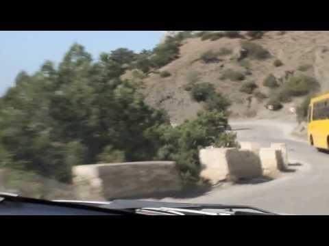 Серпантин дорог, каждую секунду новая панорама