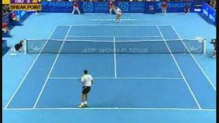 Jo-Wilfried Tsonga : unbelievable serving