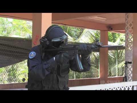 SWAT装備でHK94(MP5シビリアンモデル)を撃つ in Guam GOSR