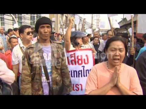 THAILAND:GUNBATTLE BEFORE ELECTION (CAUGHT ON CAM)