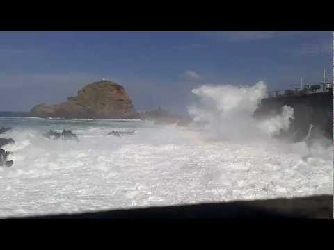 Porto Moniz - Mar revolto :)