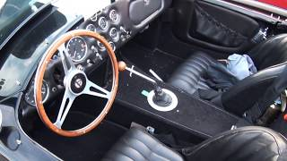 Shelby Cobra (original) in details - signed by Carroll Shelby