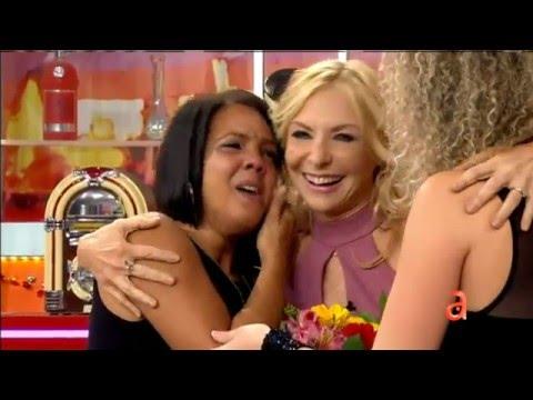 El Happy Hour: Joven recién llegada tiene una emotiva conversación con su hija en Cuba