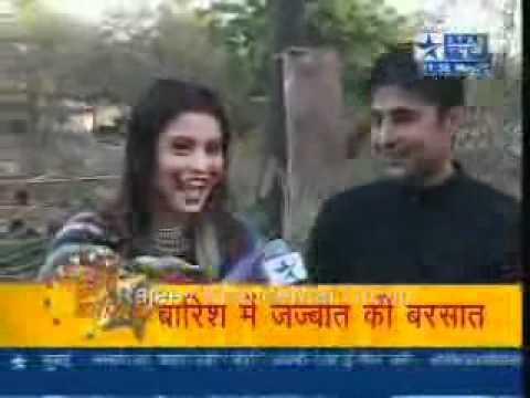 Aamna Shariff & Rajeev In Rain Sbs Video video