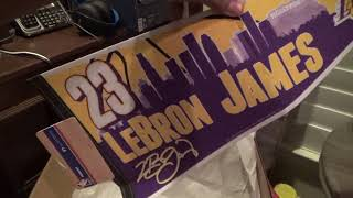 Los Angeles Lakers Penant & T Shirts review/unboxing