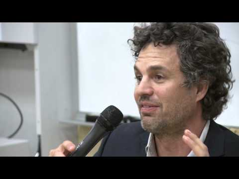 Mark Ruffalo Visits Stanford to Talk Clean Energy