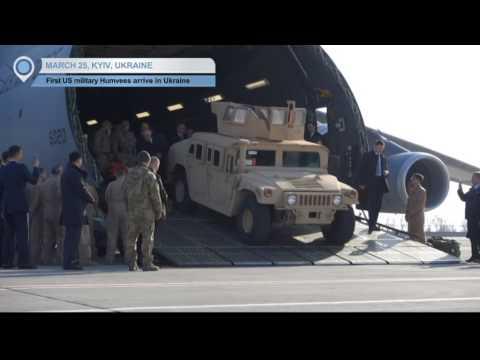 US Humvees in Ukraine: Poroshenko welcomes first delivery to bolster Ukrainian defence