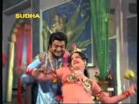Sexy Jayamalini In Classical Dress video