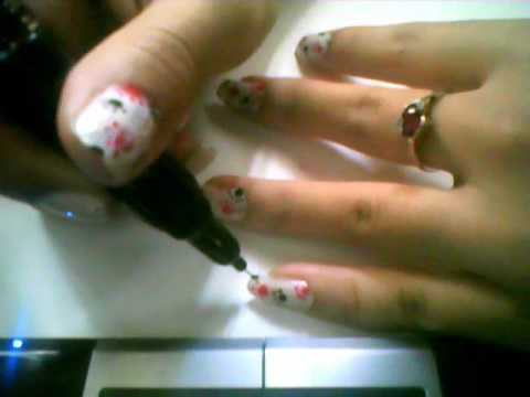 Paw Prints - Nail Art