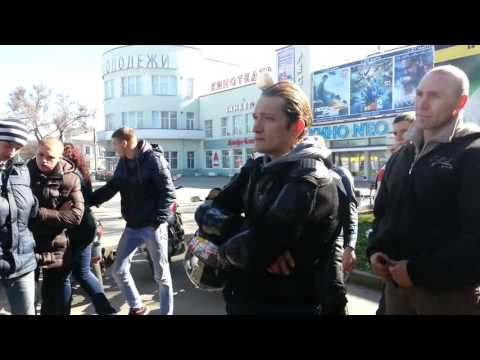 Андрей Наумов кинул двух людей