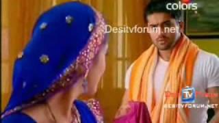 Bhagyavidhaata - Vinay & Bindiya Scene - 11th August - Button Stiching
