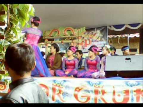 Bajidoran Enok pelor group live