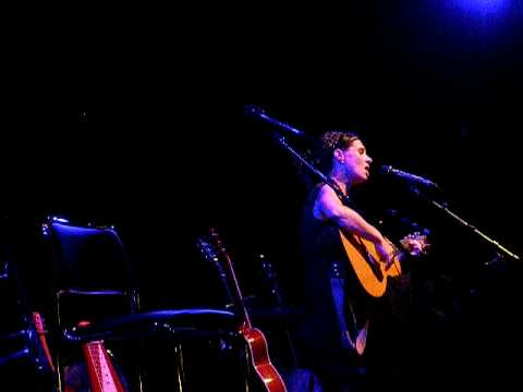 Kasey Chambers - The Captain (live) Video