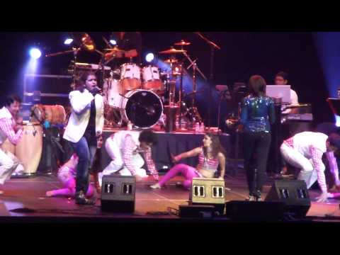 Olala Olala - The Dirty Picture Shreya Ghoshal Concert 2012 In Ct video