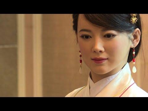 Femme bionique: le robot chinois qui sait faire preuve de charme