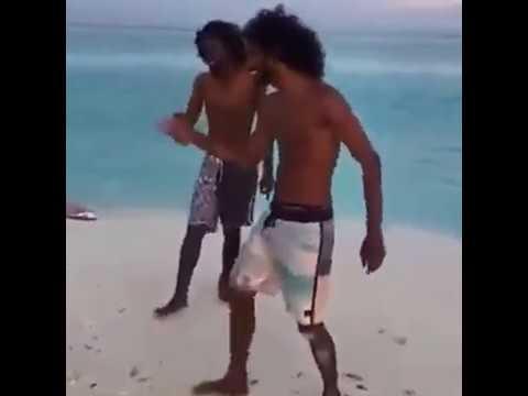 dekha hai pehli baar - Beach Cover
