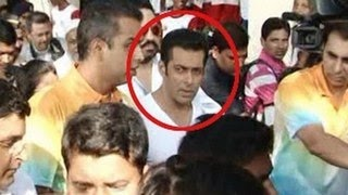 Salman Khan SLAPS his bodyguard!