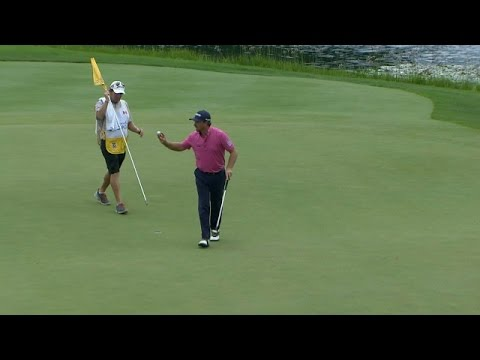 Graeme McDowell's great approach leads to birdie on No. 15 at RBC Canadian