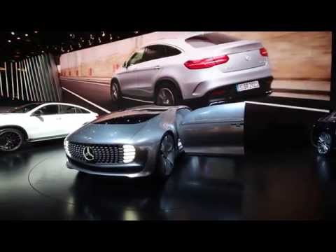 Mercedes Benz self driving pod fuel cell electric hybrid vehicle