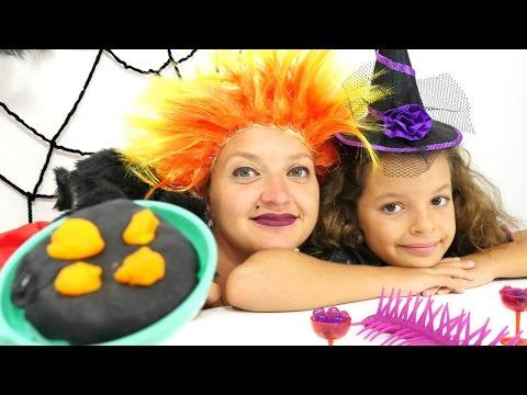 Маленькая ведьмочка Кати - Видео с игрушками - Угощение для Кикиморы
