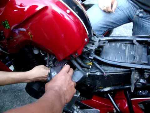 instalacion de filtro K&N en Yamaha FZ16.MPG