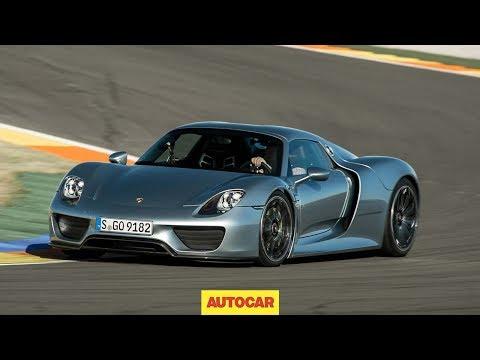 Porsche 918 Spyder is Green and Crazy Fast
