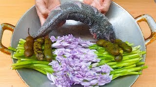 Cooking Water Hyacinth with Fish and Tamarind, Asian Food Cooking Recipe