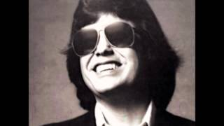 Watch Ronnie Milsap Cowboys And Clowns video