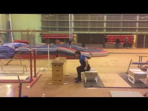 Box jump départ assis sur caisse - dvp FMF