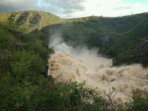 Impactantes imágenes de crecidas de ríos en Catamarca, Argentina