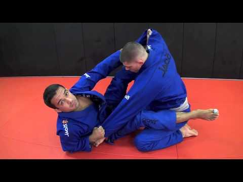 Spider Guard Scissor Sweep & Triangle Image 1