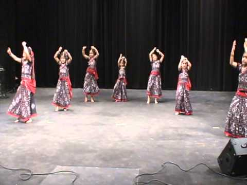 Nannare Nannare: Thrisha And Havisha Dance Kcts 2012 video