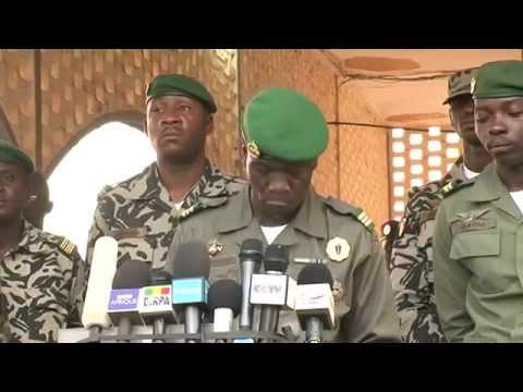 Amadou Toumani Touré(ATT) poursuivi pour haute trahison par le capitaine SANOGO!