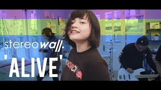 Download Lagu StereoWall - ALIVE [Official Video] Gratis STAFABAND
