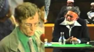 Ahmed Deedat Answer – Christian missionaries have no questions on the topic!