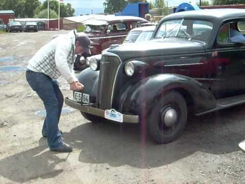 Hand Crank Old Cars
