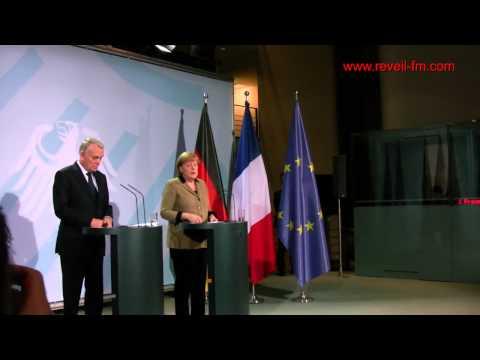 Réveil FM: Joker de Hollande, Ayrault reçu en grande pompe par la chancelière Angela Merkel