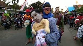 Video Peserta Karnaval Terlucu dan Kreatif di tahun 2017