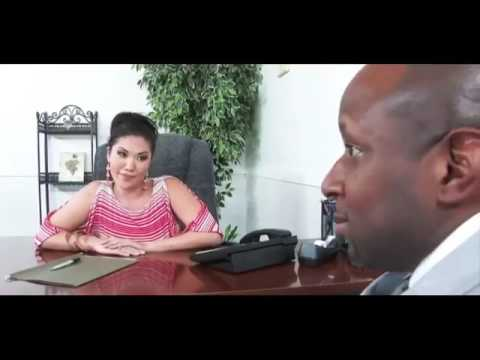 Asian pornstar London Keyes sucks the cum from two guy's dicks at once № 1469214 бесплатно